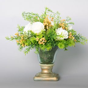 ivory-roses-with-gypsophila-in-a-glass-and-ceramic-urn-1