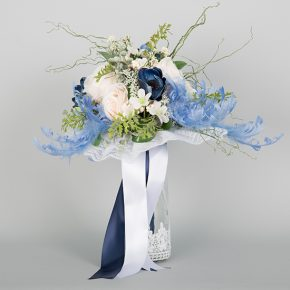 blue-and-white-flowers-with-blue-and-white-ribbons-bouquets-1