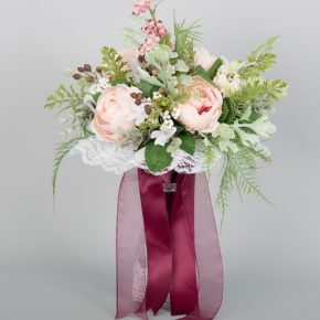 peach-rose-with-berries-and-purple-ribbons-bouquet-1