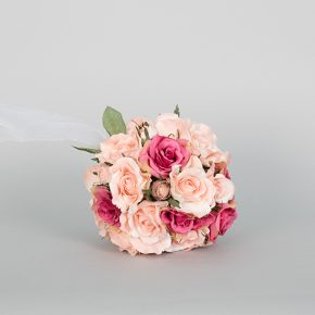 pink-and-peach-kissing-bouquet-1
